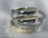 Sterling silver wrap around the ring with Sparkle Hammer finish, size 8
