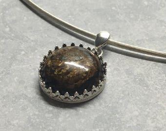 Necklace semi-rigid cable Silver 925/1000 and pierre Brown semi-precieuse Bronzite.