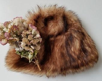 "Fur Hat Women's Vintage 21"" Diameter"