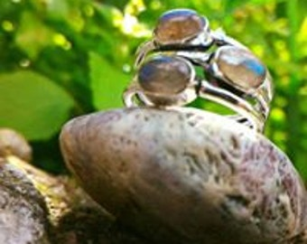 Very pretty ring with Labradorite PROTECTION 56 non-adjustable (US size 7.1/4)