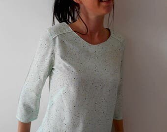 Tunic blouse top woman Mesketa neckline back printed trend triangle