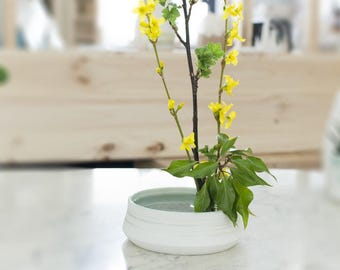 Porcelain - ceramic for Japanese floral art - Ozeclore ikebana vase