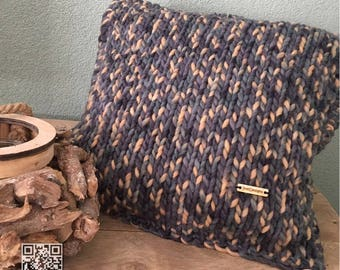 Living 100% wool pillow 40 x 40 cm, decorative pillow-by Itte-