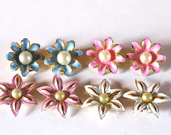 Vintage French enamel floral earrings 1960 daisy