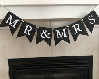 Mr & Mrs Banner, Wedding Banner, Wedding Props, Table Decoration, Photo Prop, Marriage
