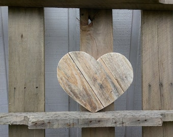 Medium Wooden Heart Decor - Rustic Valentine's Day Gift -  - Pallet Wood Heart Sign - Reclaimed Wood Heart Wall Hanging