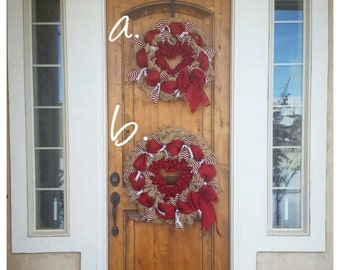 Valentine Wreath//Red and white burlap wreath// Heart wreath// Valentine's Day wreath. // Burlap Wreath//Valentine's Day Decor//Gift for Mom