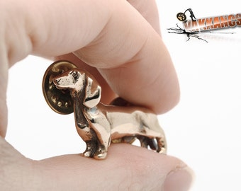 Vakkancs Dachshund pin (solid bronze)