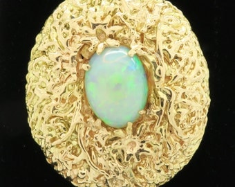 14K Yellow Gold Beautiful Vintage Opal Brooch