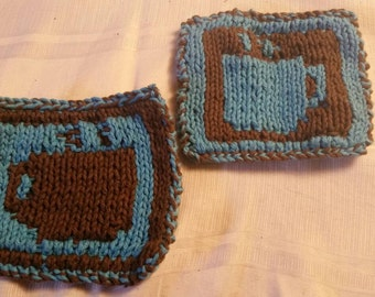 Set of 4 Double-knitted reversible coffee mug coasters