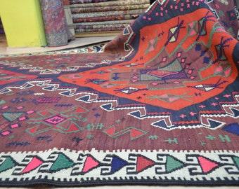 Turkish kilim rug. Vintage rug. Kilim rug. Kelim. Free shipping. 7.4 x 4.8 feet.