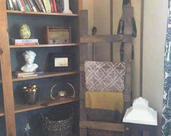 Rustic Barn Board-Style Blanket Ladder