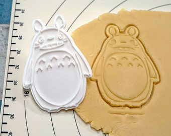 Totoro Big Cookie Cutter and Stamp