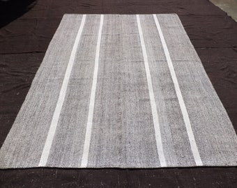 Large Brown And White Rug8x1011 Feet 243x332 Cm