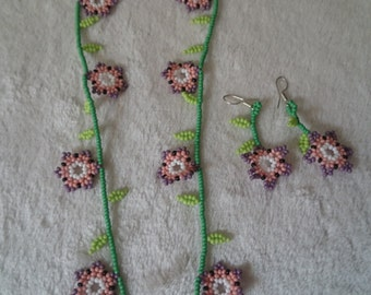 Mexican Huichol Beaded Necklace & Earrings