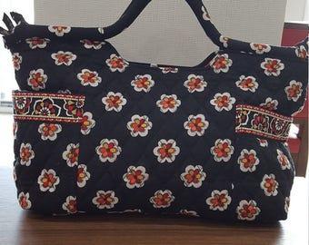 Beautiful Vera Bradley Pirouette Black Pattern Satchel  Purse/Handbag 2 Handles