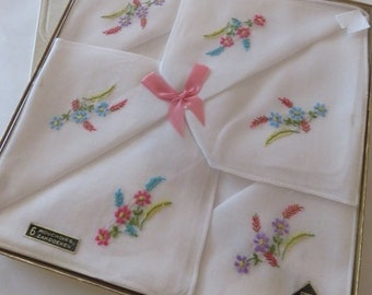 Handkerchiefs. embroidered in the original packaging. Novella