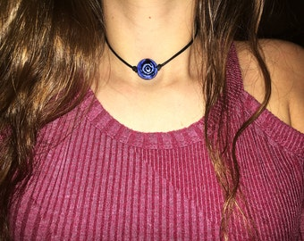Blue Spinning Flower Choker :)