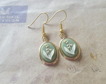 Lily of the Valley - gems earrings ~ gold ~.