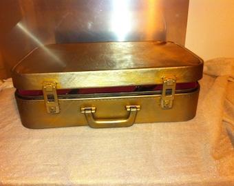Suitcase leather storage
