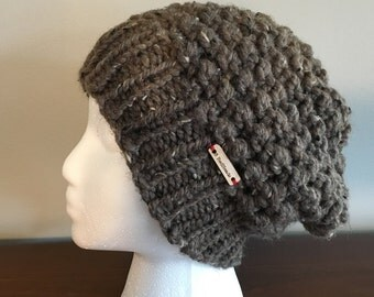 Women's Slouchy Beanie / Toque in a bubbly knit / comfortable slouch