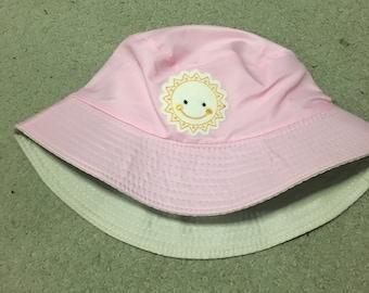 Sunshine pink bucket hat