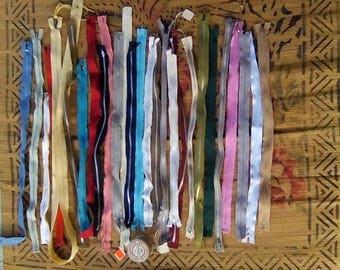 Vintage Lot of 28 Zippers Various Lengths and Colors Sewing or Crafting