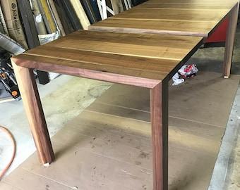 The Horizon Table