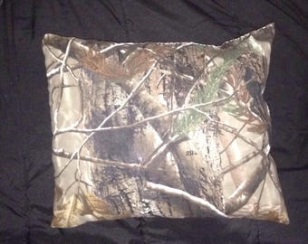 Camouflaged pillow