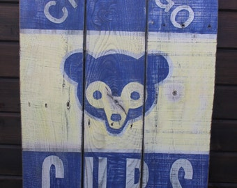Chicago Cubs Bear Retro Wooden Rustic Sign