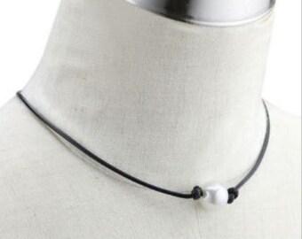 Pearl Choker, Pearl Leather Choker, Single Pearl Choker, Leather Pearl Necklace, Floating Pearl, Basic Pearl Choker, Leather