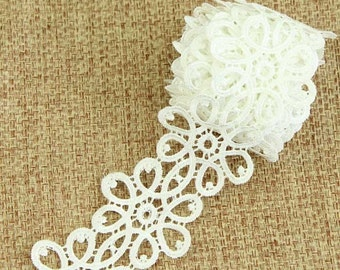 9 ft Off White Lace Trim