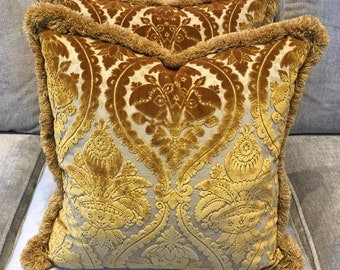 Colony luxury velvet damask cushion