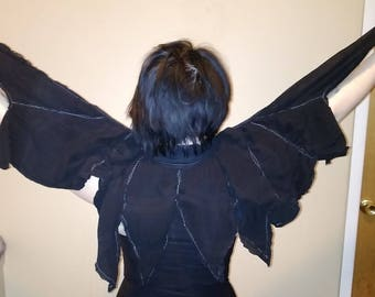 Batwing Mini-Cape with Finger Hooks