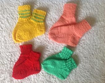 Baby socks, infant SOCKS 4 of some hand work