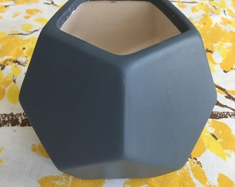Charcoal Gray  Modern Geometric Planter