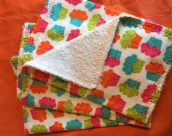 Set of 3 Cupcake Print Burp Rags