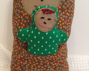 BertleberryBoutique Cultural Cuties Brown and Kelly Mama and Baby Pouch Dolls