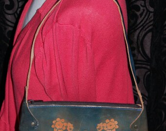 Further Sale Vintage 1970s tooled flowers Genuine green leather small bag handmade in India