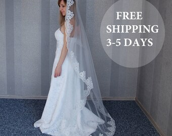 "FREE SHIPPING 3-5 DAYS!!!, Mantilla Veil with lace, Catholic veil, Chapel length veil, Veil with lace, 108"" Cathedral length, Spanish Veil"