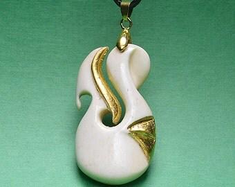 Maori jewellery, Gold_16