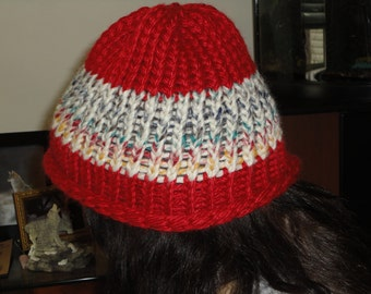 Red and Grey or Grey and Red Hat