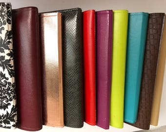 Faux Leather Deluxe Service Folder
