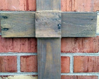 Reclaimed Pallet Wood Cross