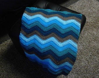 Crocheted Teal Ripple Lapghan/Throw