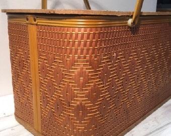 Vintage 1960's Picnic Basket