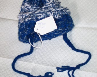 Baby Winter hat with ties