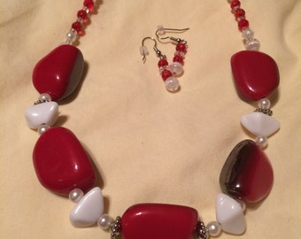Red & White Chunky Necklace Set W/ Earrings,one of a kind, red means love,any time of the year,Lady in red>>>>SALE 20% off list price<<<<