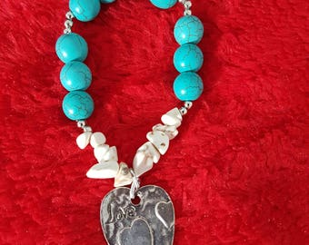 Elastic with turquoise and chips