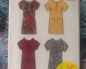 New Look 6825, sewing pattern, ladies top, tunic, with collar variations.
